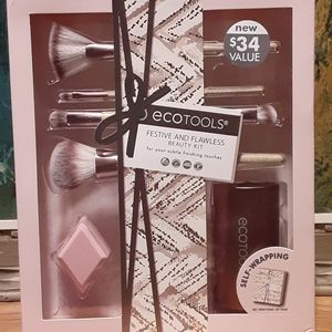 eco TOOLS BEAUTY KIT